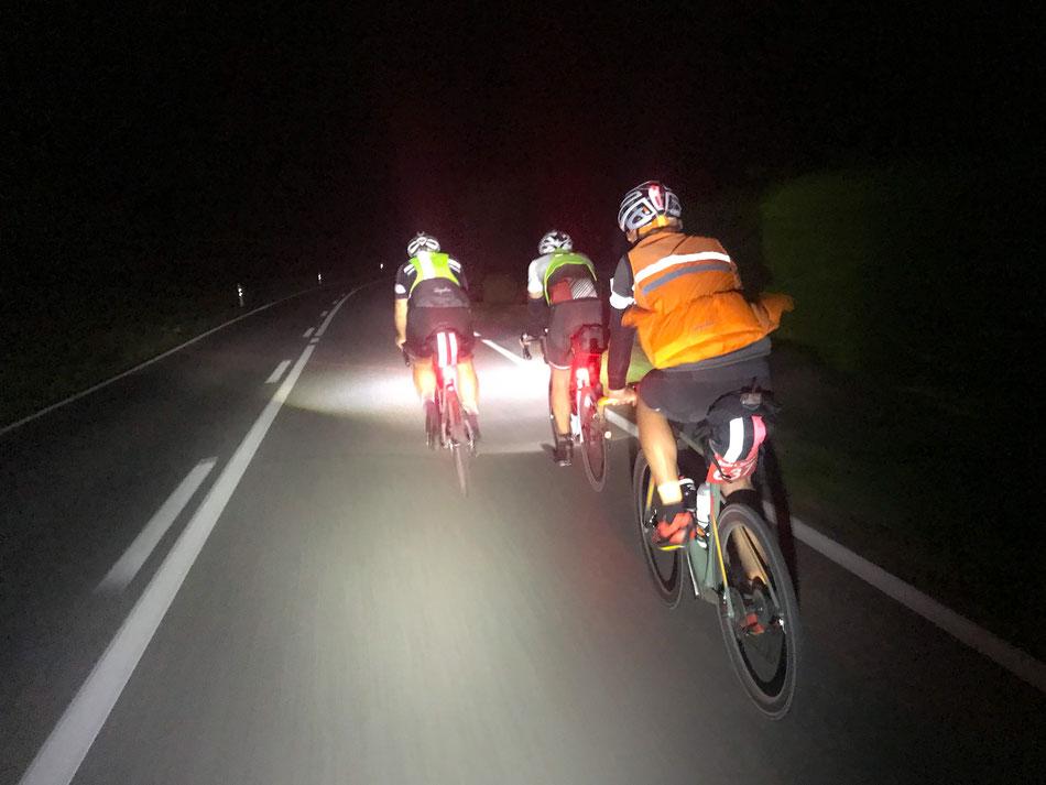 Nachtfahrt - ca. 50km vor dem Ziel
