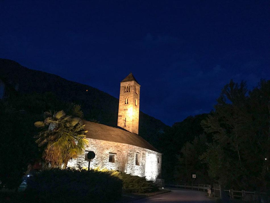 Blaue Stunde in Norditalien