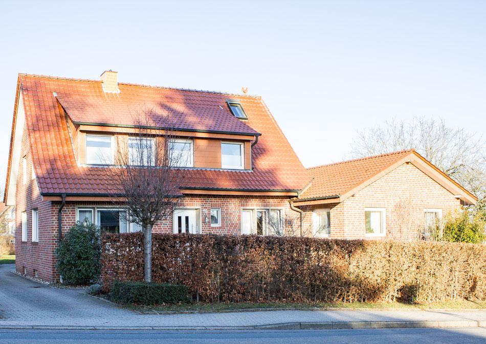 """Wohnhaus der Ferienwohnung """"Am Hügel"""" im schönen Münsterland, Ferienwohnung Altenberge, Ferienwohnung Münster, Ferienwohnung Münsterland, Monteurwohnung"""