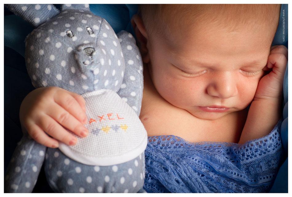 Photo de bébé avec peluche Phot'Osmose