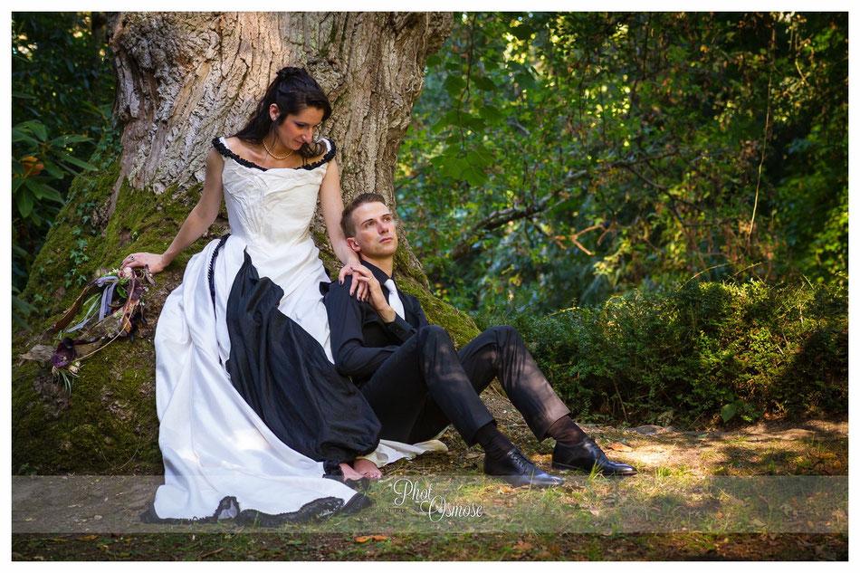 Couple de mariés à L'Arboretum de Balaine