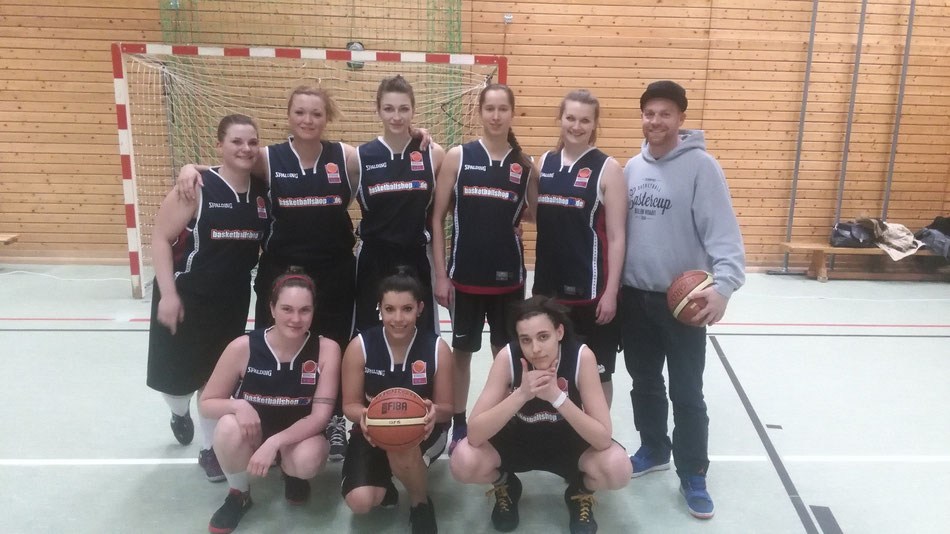 BC Lions Moabit 21 Ladies-Team unter der Saison 2015/2016