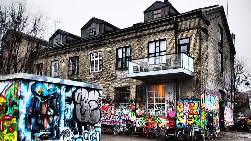 Christiania negyed újrahasznosított házai.