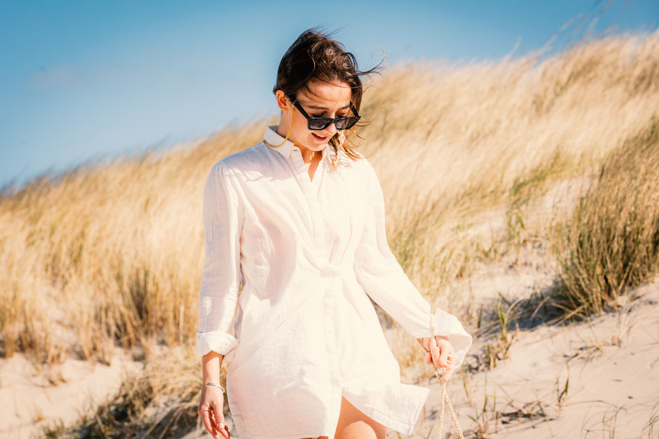 Lifestyle, Natural Look, Summerlook, Brillenkette, Sommer, Kornfeld, St. Peter Ording, Strand, Nordsee, Pure fashion, Natural Style, Rebellovesrebel, RxR, Rebel loves Rebel, Daniel Blieffert Photography, Lebensfreude, Positive Vibes, Sonnenbrille