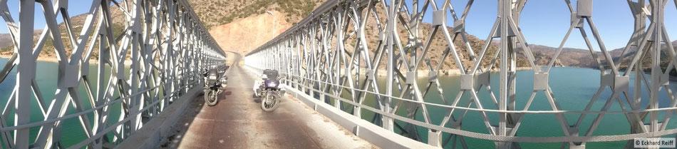 Brücke über den Kaban Baraji (Euphrat-Stausee)