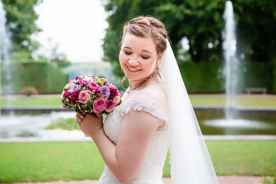 Hochzeitsfotos Lichtenwalde, Barockschloss Lichtenwalde, Hochzeitsreportage Sachsen, Hochzeitsfotograf Sachsen, Fotografin Diana Krüger, Brautpaarshooting Lichtenwalde,