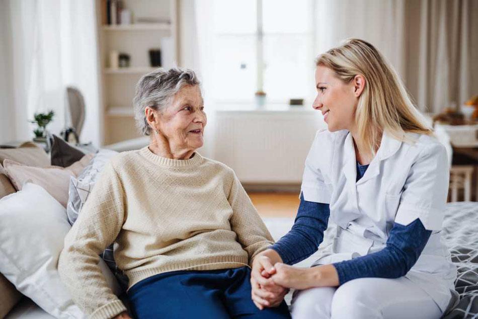 Unsere 24-Stunden Betreuung hilft Ihnen im Alltag