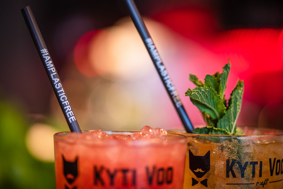 plastikfreie und nachhaltige #iamplasticfree Trinkhalme im Cocktail