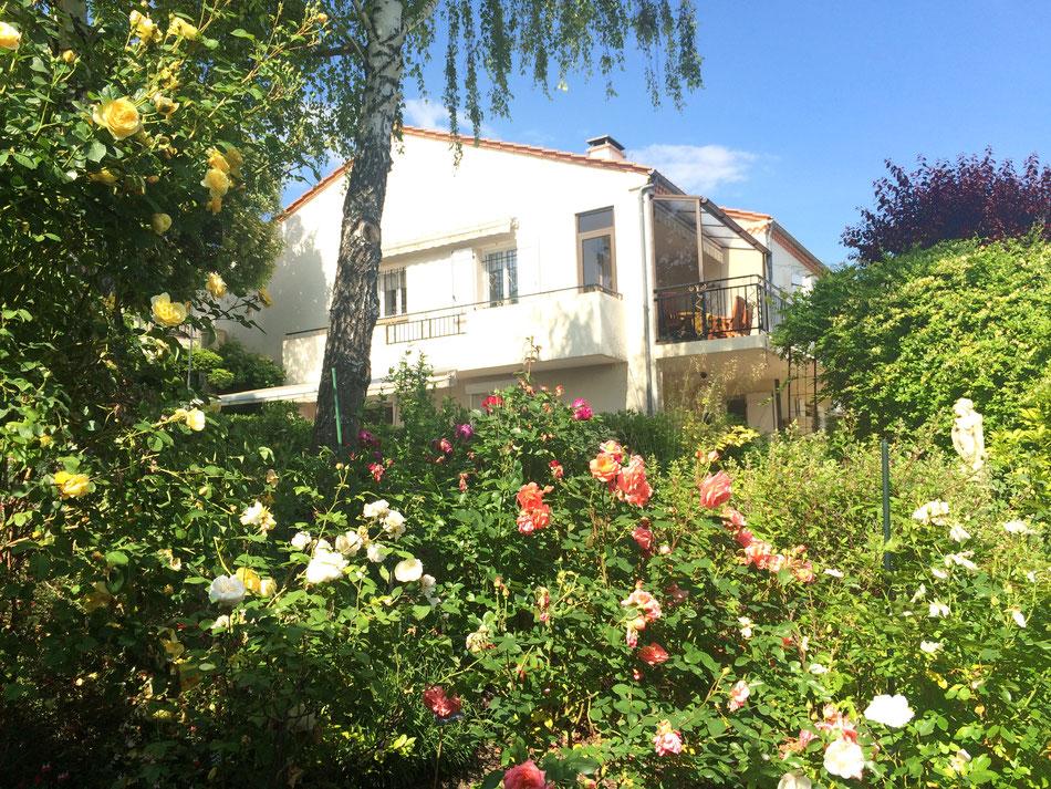 Chambres d'hôtes à La Villa Victoria Auvergne, maison d'hôtes à Cournon d'Auvergne