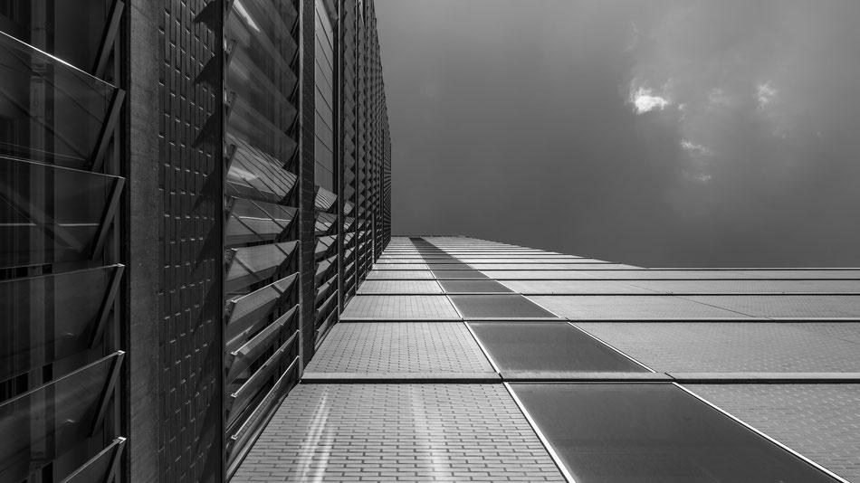 Roter Turm, Winterthur, Stadt, Sky, Himmel, Wolken, Architecture, Architektur, Sam Bührer, Samuel Buehrer, Fotograf