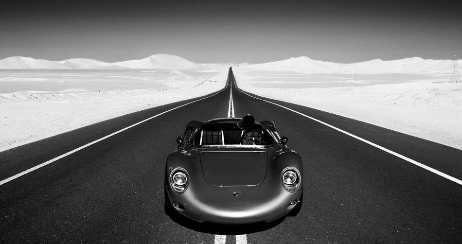 Desert Car Sam Bührer Fotograf NOBELPICTURES