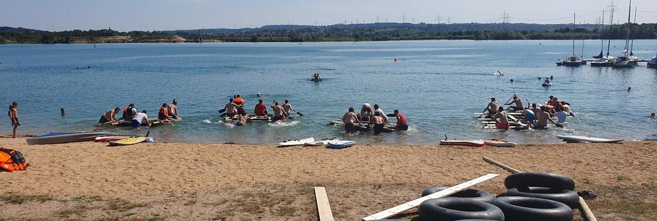 Kleines Floßrennen nach dem Floßbau - bo events am Hardtsee