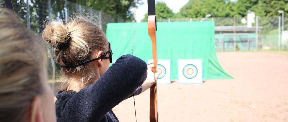 Kommunikations Training im Rahmen vom Bogenschießen - bo events