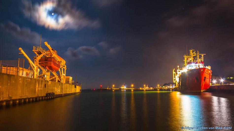 Hafen Sassnitz im Mondschein