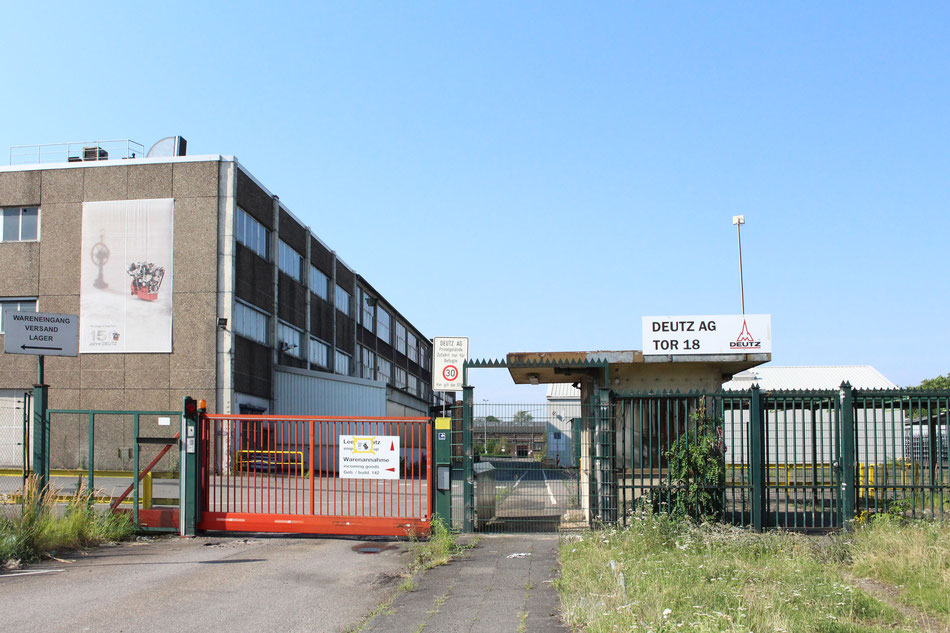 Die Industrie zieht sich zurück: Werktor 18 DEUTZ AG an der Danzierstraße. Foto: Eva Rusch