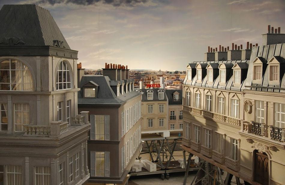 Ciudad de Paris, representada en maquetas para Spot Nina Ricci. La imagen muestra una vista en plató - Madrid.
