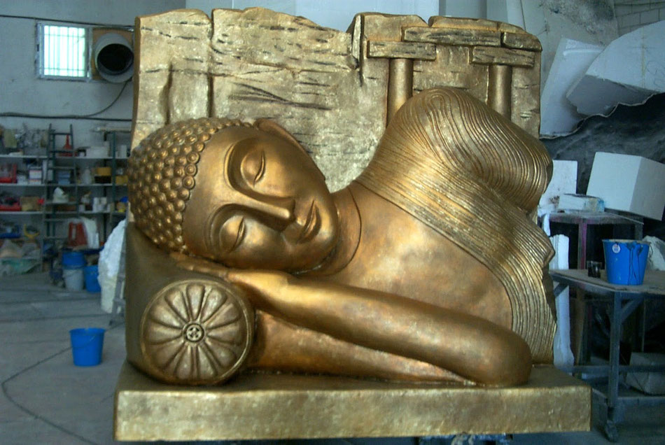 Imagen de Buda gigante, decoración para tienda de té.