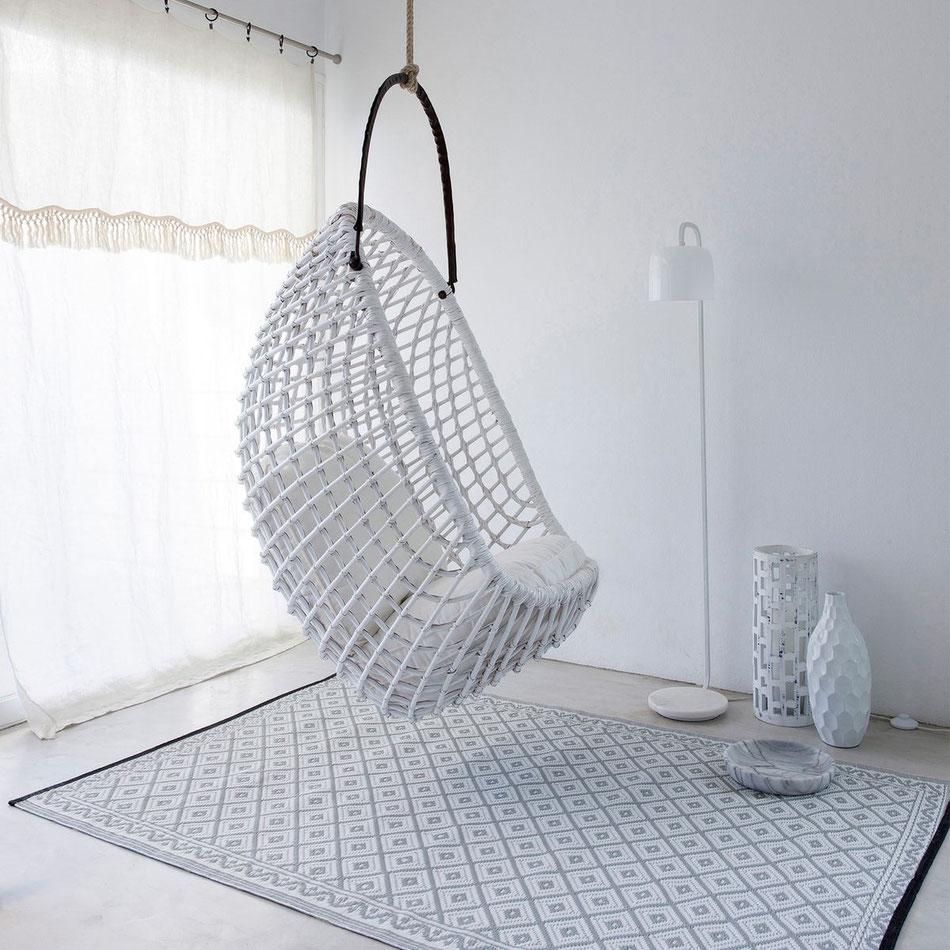 Danaé Balland décoration blog rotin fauteuil swing AM PM