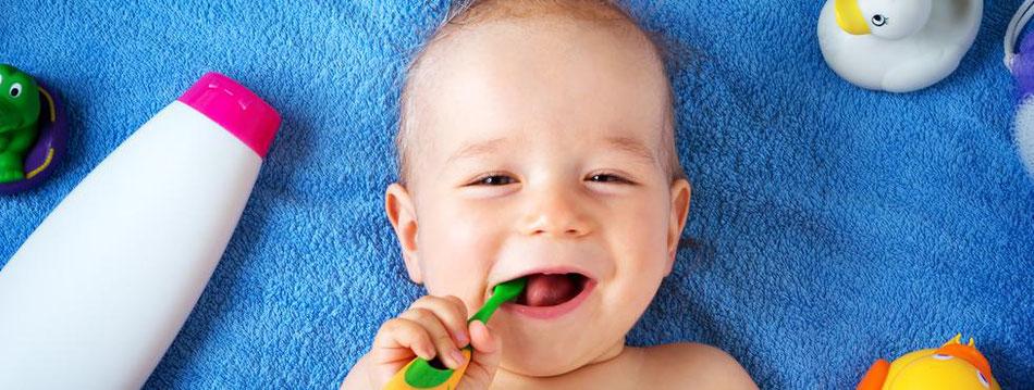 Zahnarzt, Straubing, Latzel, Leistungen, Kinderbehandlung, Milchzähne