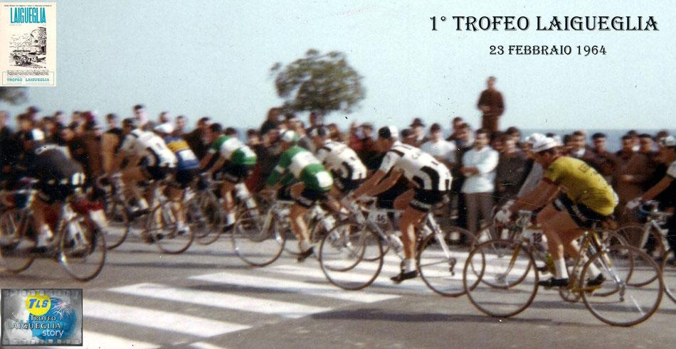 Foto courtesy: Archivio AVL, il gruppo si appresta alla linea di partenza della prima edizione del Trofeo Laigueglia. Si riconosce con la maglia del Gs.Ignis Adami e Mugnaini della Carpano.