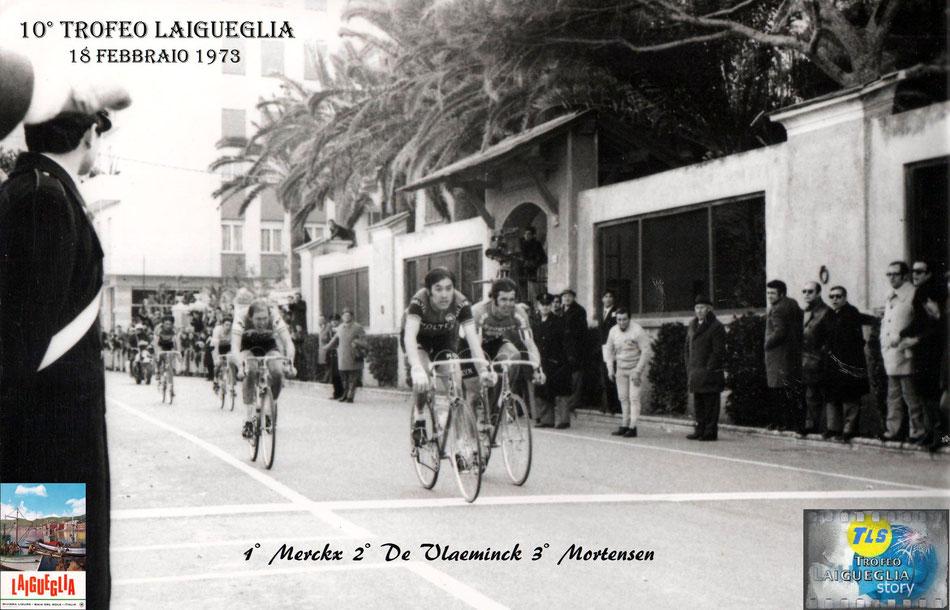 Foto courtesy: Archivio TLS, la volata vincente di Eddy Merckx davanti a Roger De Vlaeminck.