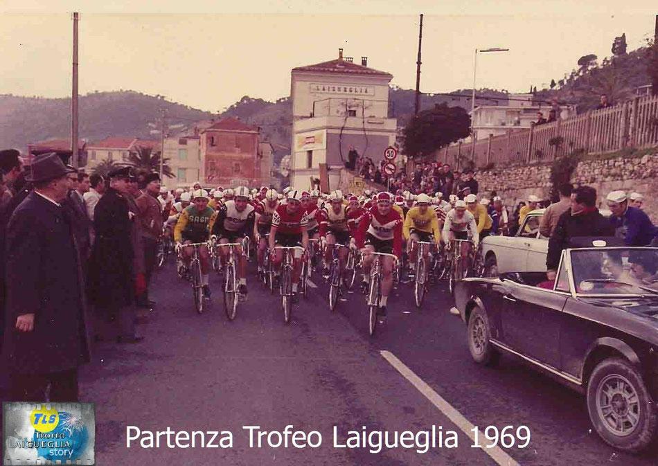 Foto cortesy: archivio TLS, pronti via, partenza della 6° edizione del Trofeo Laigueglia.