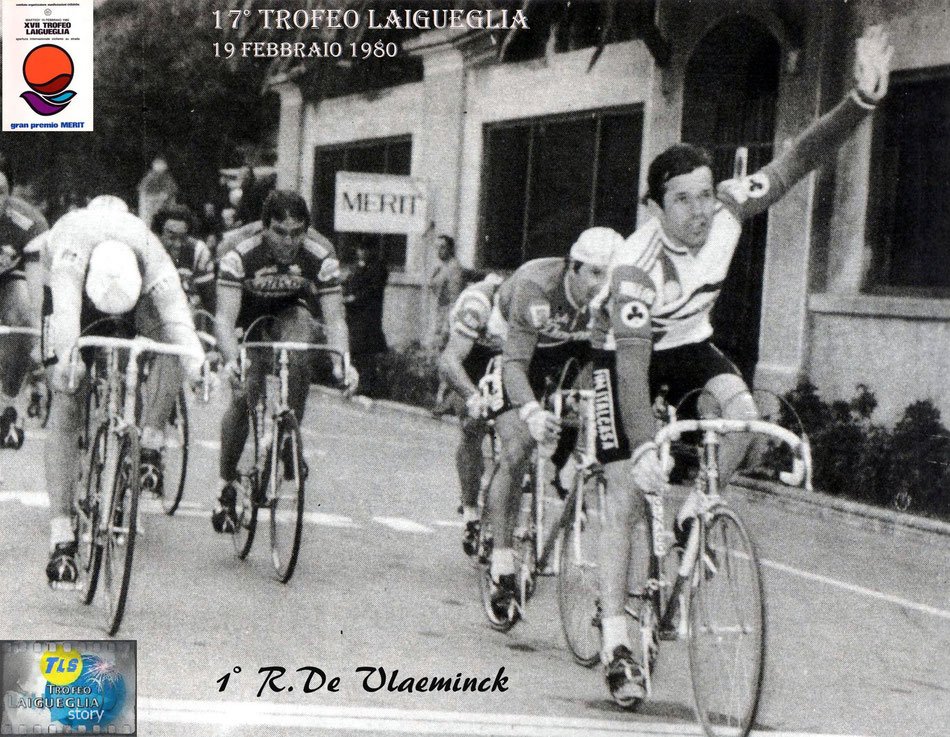 Foto courtesy: Archivio AVL, la volata vincente di De Vlaeminck davanti a Martinelli, Moser e Gavazzi.