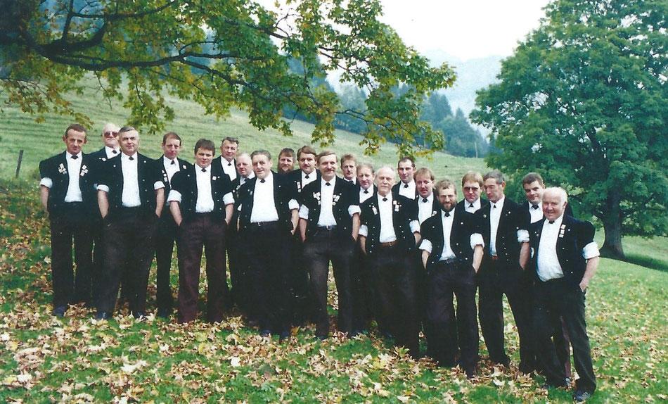 Jodlerklub Blüemlisalp Scharnachtal 1994