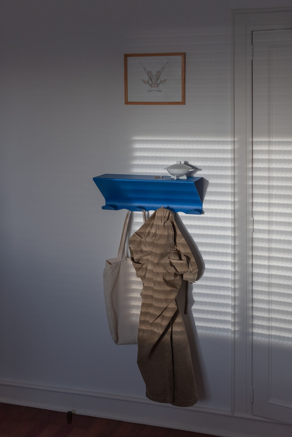 Hal Coat Rack, blau von UTIL Portugal