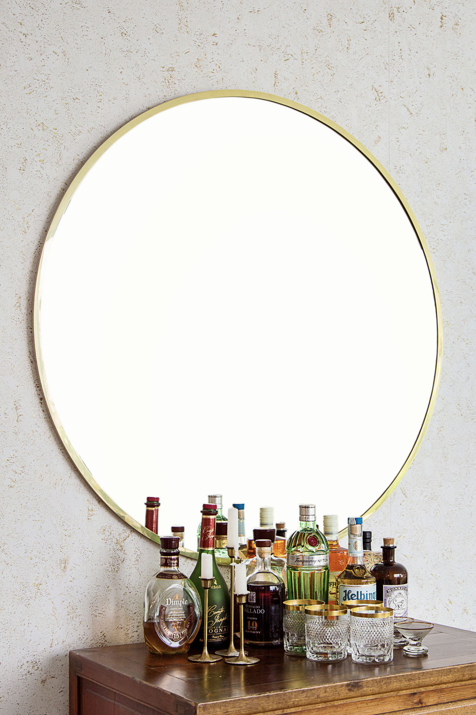 round brass mirror von time to GOHOME