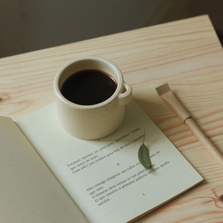 Keramik, Kaffeetasse von Mariana Filipe, Lissabon