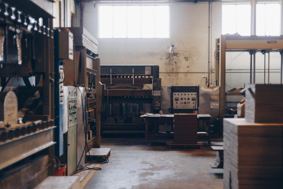 Produktion Oyster - Der Hocker