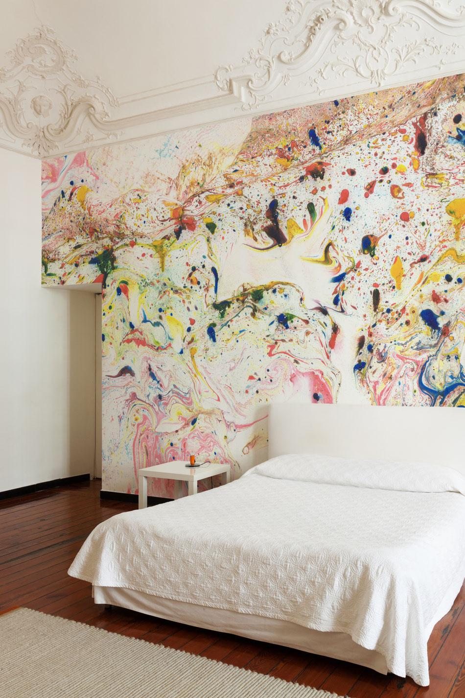 Suminashi No 1 - Raumbild - Schlafzimmer mit hohen Decken und Stuck