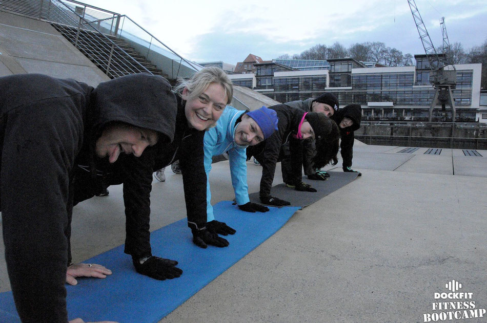 foto: dockfit altona fitness bootcamp hamburg training unsere mitte in Altona