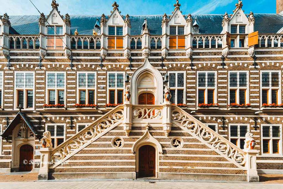 alkmar holland town hall