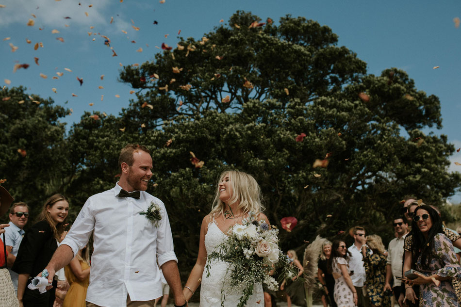Coromandel wedding photographer, whitianga wedding photographer, hahei wedding photographer, coromandel elopements, rose petal confetti