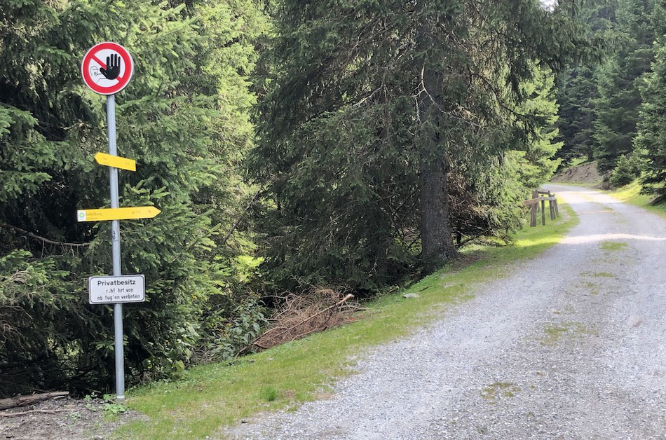 Verbotsschild für Radfahrer