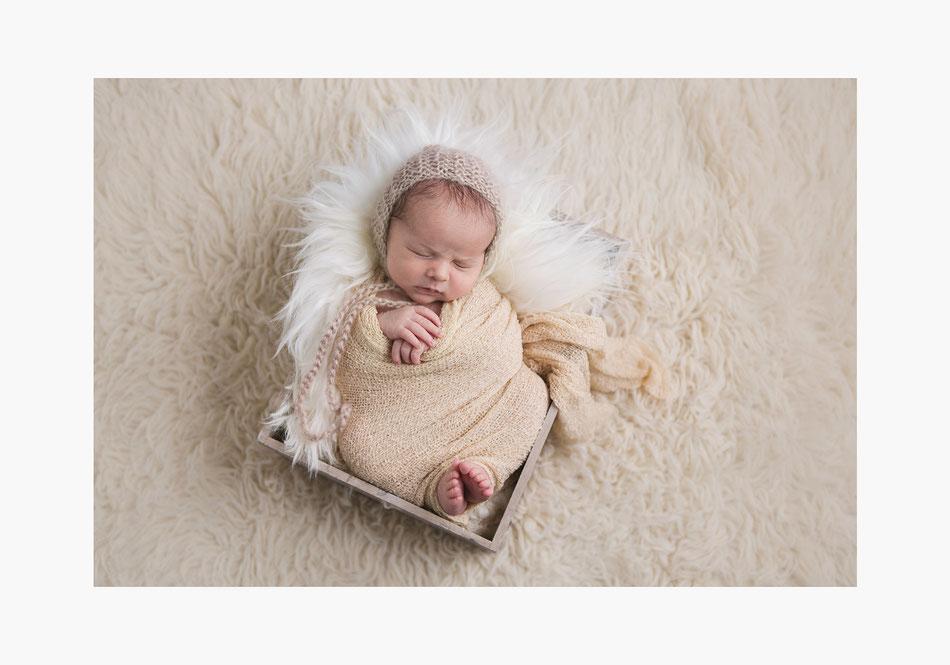 Photographe bébé nouveau ne montpellier perpignan