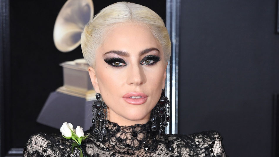 Lady Gaga en la alfombra roja de los Grammy Awards en New York, Enero 28, 2018