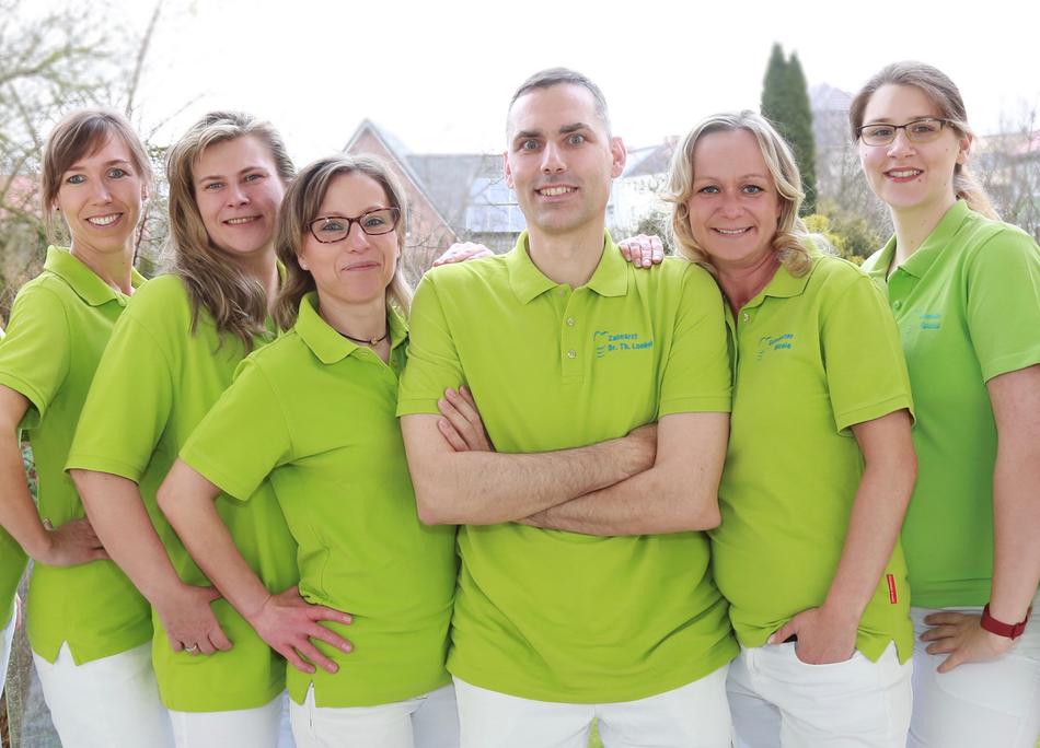 Praxisteam Zahnarzt Loebel