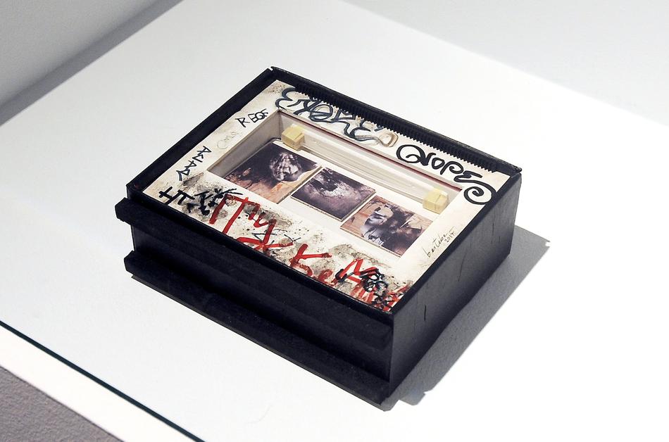 """""""Escapa arte"""". Maqueta realizada por Beitebe sobre el proceso de creación de Snippets en la residencia Glogauair de Berlín (2014).  Photo by Luis Pomaron"""
