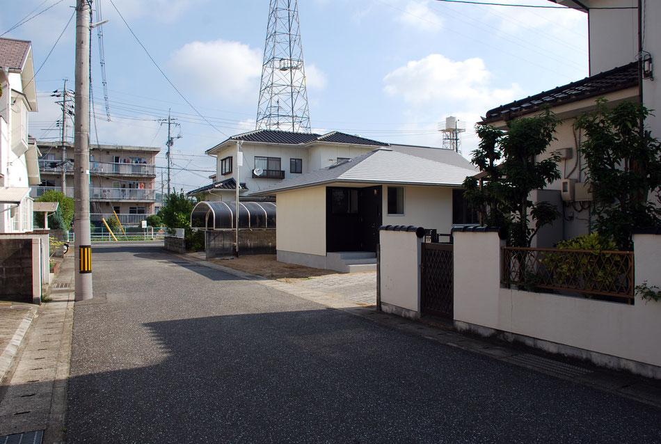 方形の平屋 丸菱建築計画事務所 岡山の設計事務所