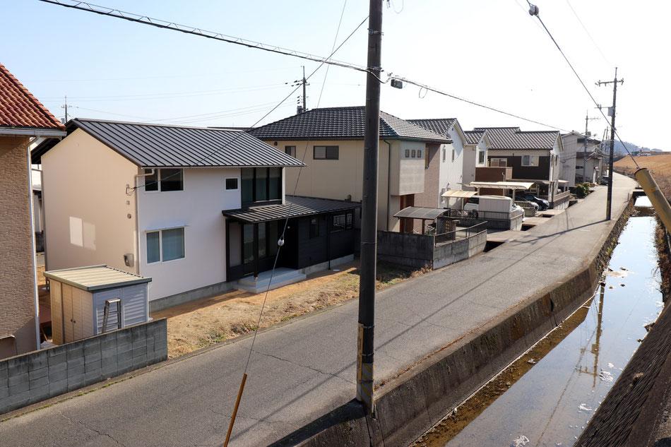 土手下の住宅 丸菱建築計画事務所 岡山の設計事務所