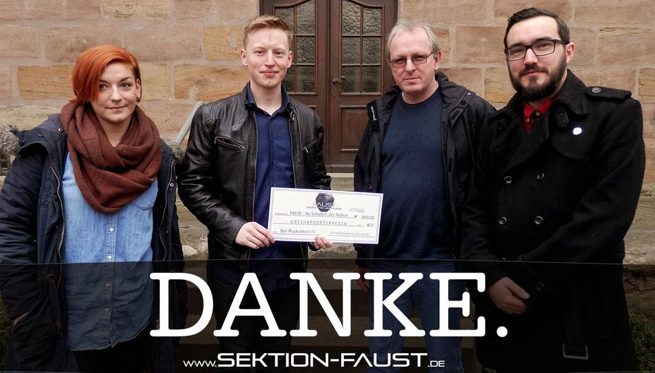 Kristina Kaul, Christian Kern, Stefan Lochmüller & Sebastian Mulzer bei der Spendenübergabe.