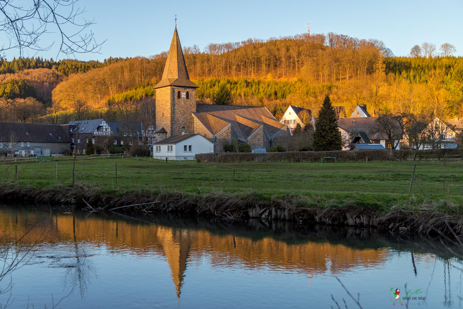 wenholthausen, kirche, golddorf, route, rundwanderung, wandern, sauerland, wanderung, infos, tipps, karte