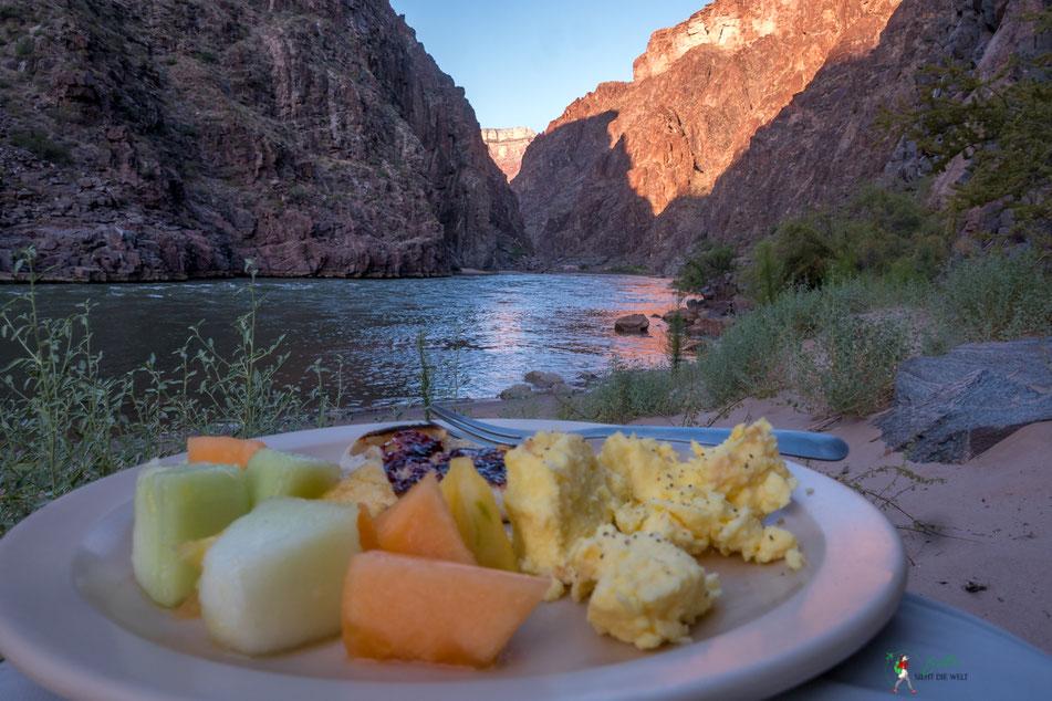 grand canyon, rafting, expedition, gcex, camp, trinity, creek, abenteuer, schlauchboot, frühstück