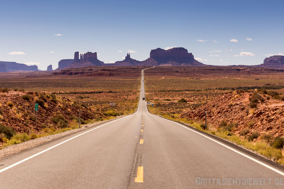 forrest,gump,point,straight,road,monument,valley,navajo,tafelberge,usa,jucy,van,tipps,southwest