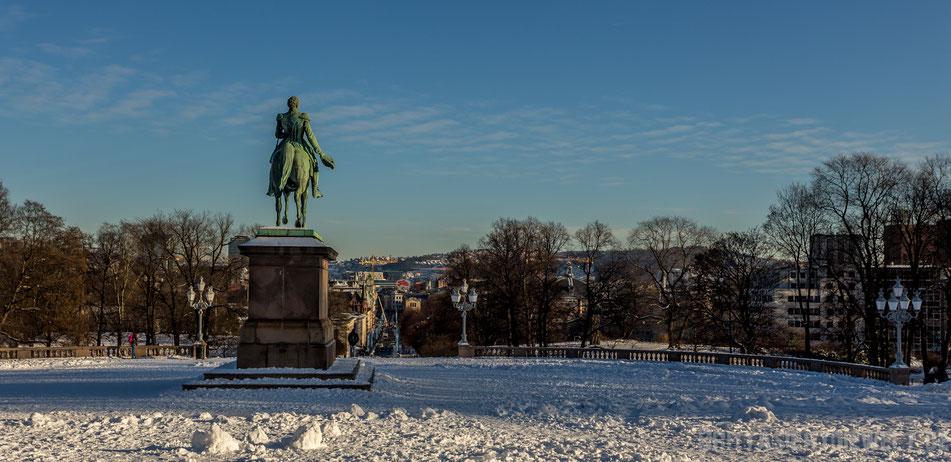 königliches,schloss,oslo,statue,tipps,winter