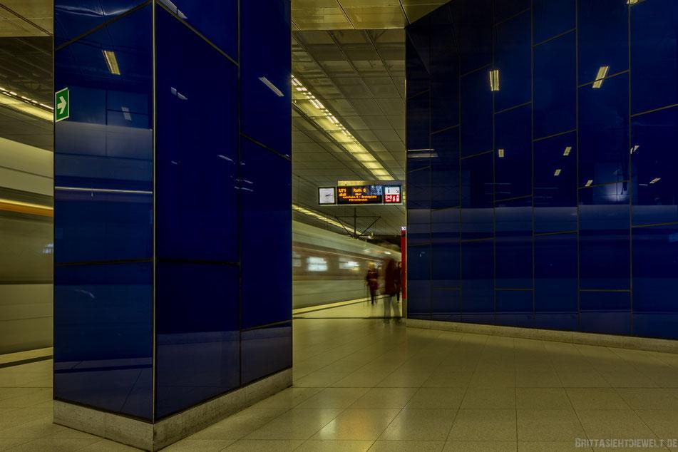 düsseldorf, u-bahn, station, schadowstraße, u-bahnhof, wehrhahnlinie, langzeitbelichtung, fotolocation, regen