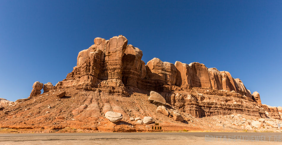 twin,rocks,bluff,usa,southwest,utah,jucy,van,tipps